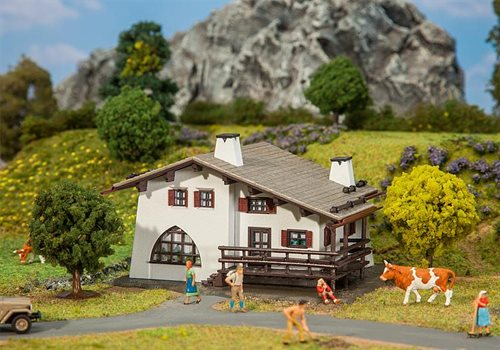 Faller 131371 Mountain chalet, ep III, H0, Hobby Selection